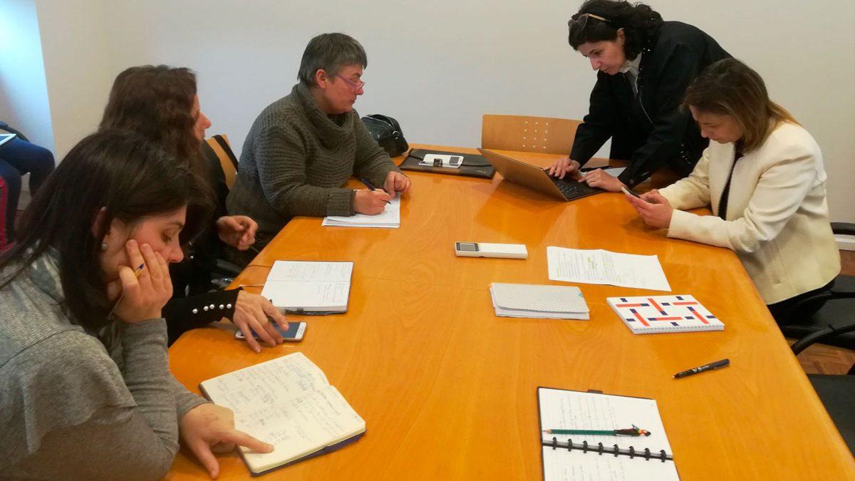 Nais e pais de Cerveira e Tomiño planifican xuntos actividades lúdico-educativas para os meses de xullo e outubro