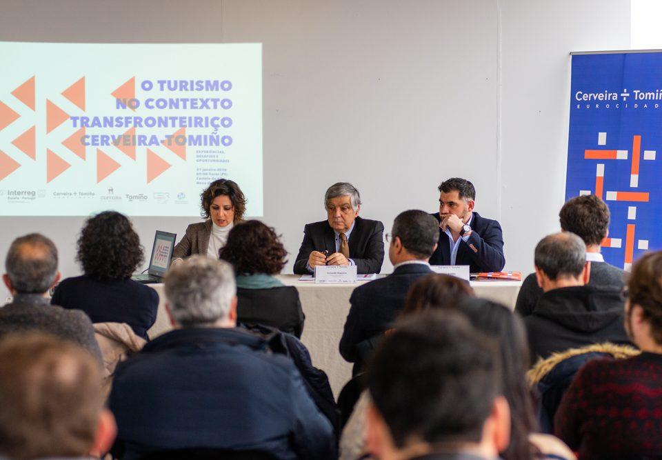 Cerveira e Tomiño presentan unha guía para promover un maior coñecemento sobre o sector do turismo local